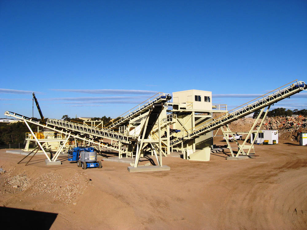 A picture of a concrete recycling plant